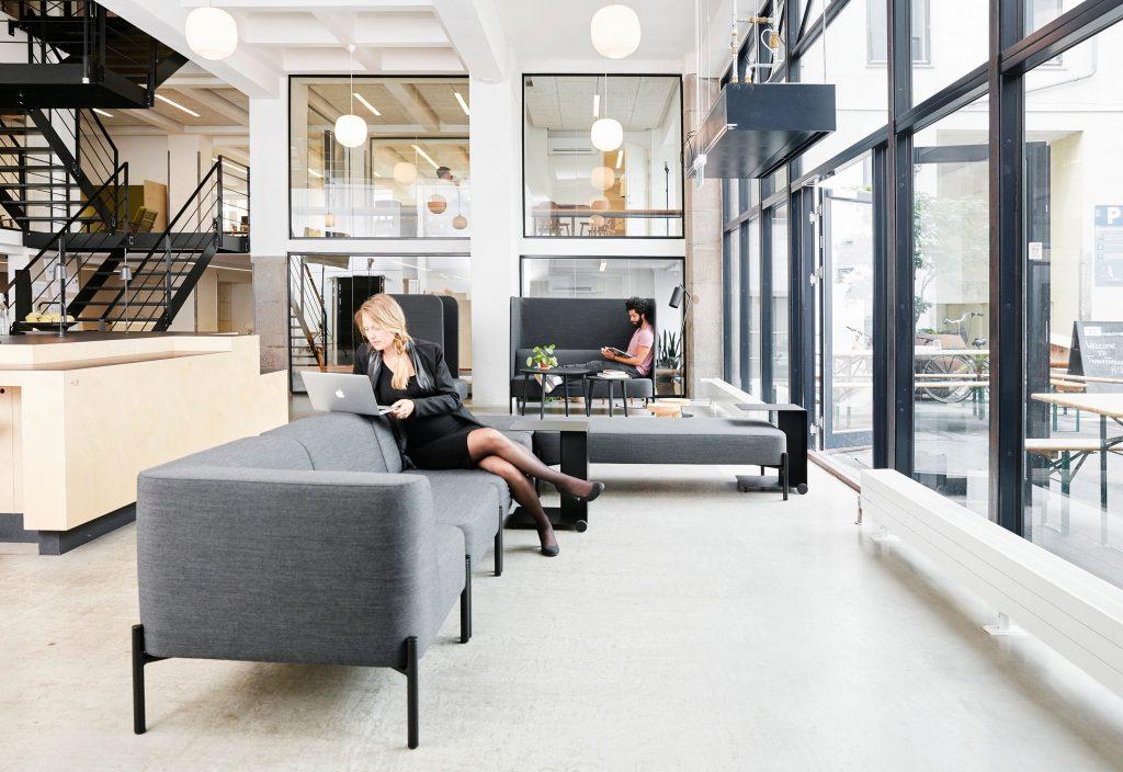 HOLMRIS B8 interior design solutions